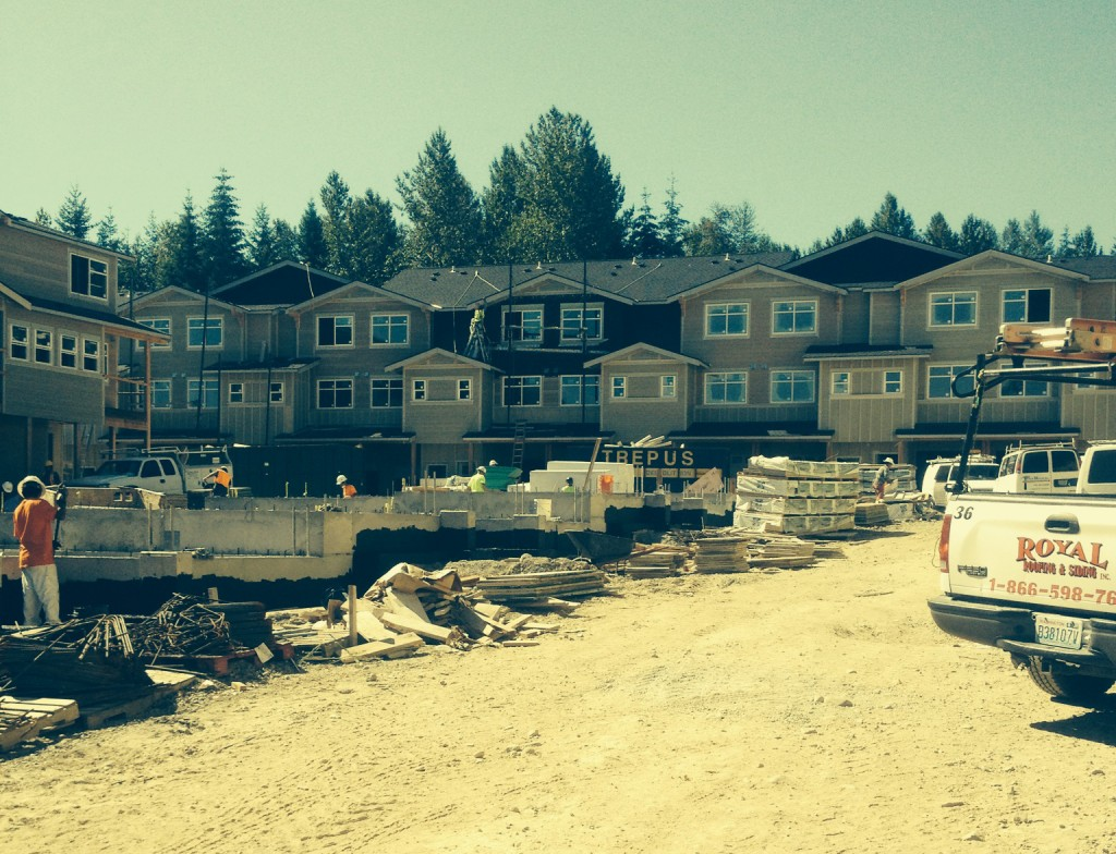 The-Woodlands-Townhomes.-Snoqualmie,-WA